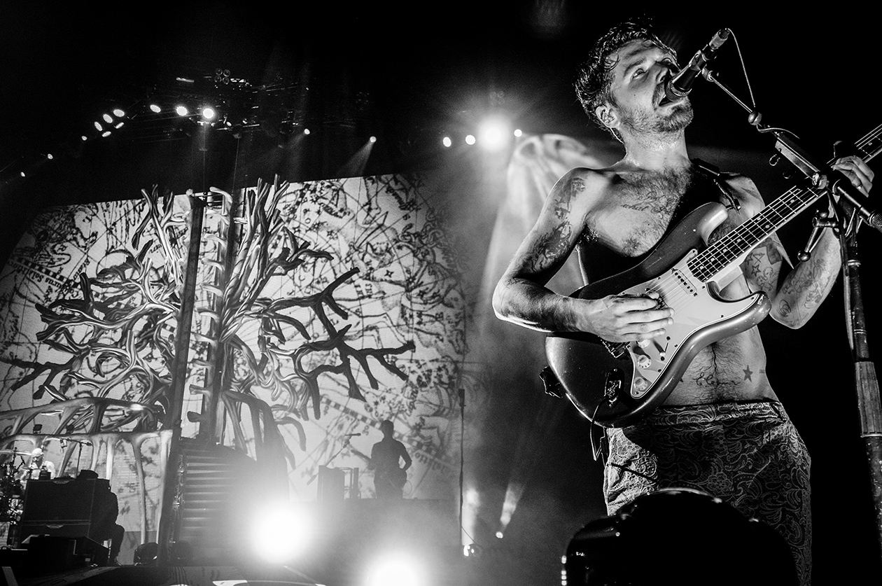 Biffy Clyro -Warner Music UK-